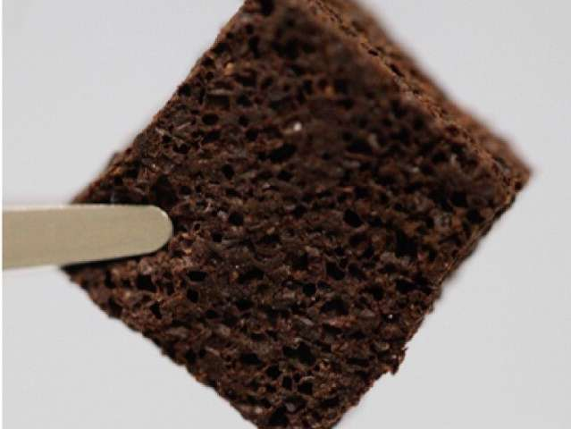 A foam filter made with used coffee grounds removes lead and mercury from contaminated water. Credit: American Chemical Society