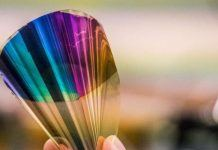 New Bendable Electronic Paper Displays Whole Color Range