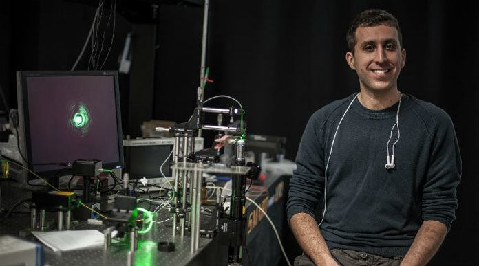 Israel Scientists Developed First Water Wave Laser
