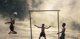Children Who Play Outside More Likely To Protect Nature as Adults