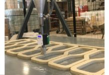 The printing of concrete for the 3D-printed bridge has begun.