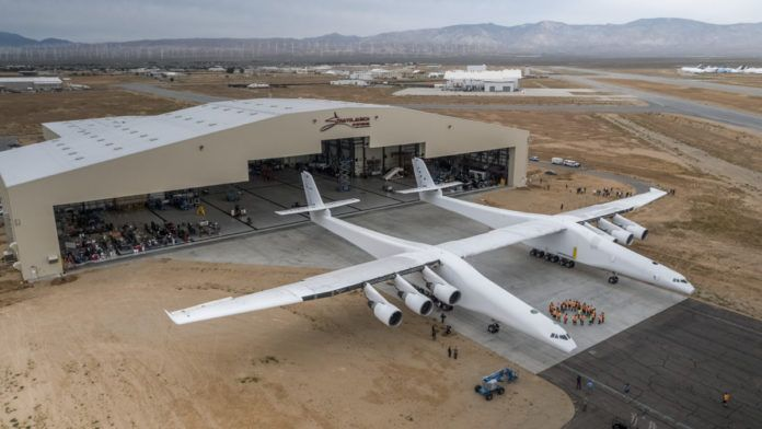 Microsoft's Co-Founder Just Revealed The World's Largest Plane