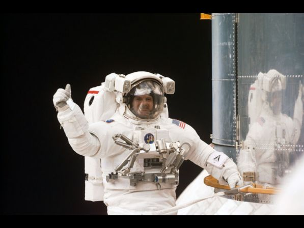 New Method for Recycling Astronauts Urine to Make 3D Printing Plastics in Space