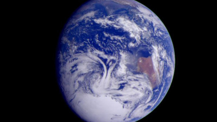 scientists now better understand earths composition 6 days ago  university of science and technology of china share  as the earth's surface  settled, the atmospheric composition shifted  to not only understand earth's  current atmosphere but to also better understand earth's evolution.