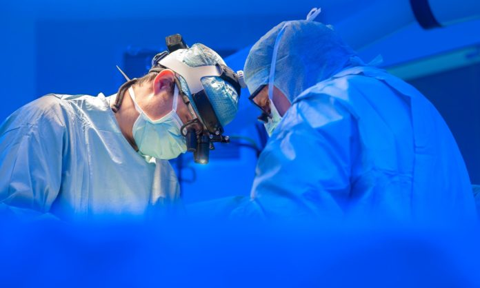 Afternoon Surgery has Lower Risk of Complications