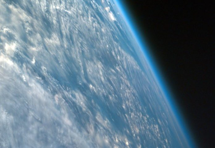 Ozone at lower latitudes is not recovering, despite Antarctic ozone hole healing