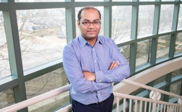 Illinois postdoctoral researcher Tanveer Talukdar performed an analysis of how individual differences in decision-making are associated with specific regions and networks in the brain. Photo by L. Brian Stauffer