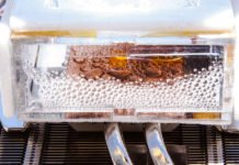 Researchers at MIT have developed a new device that is able to extract moisture from very dry air.
