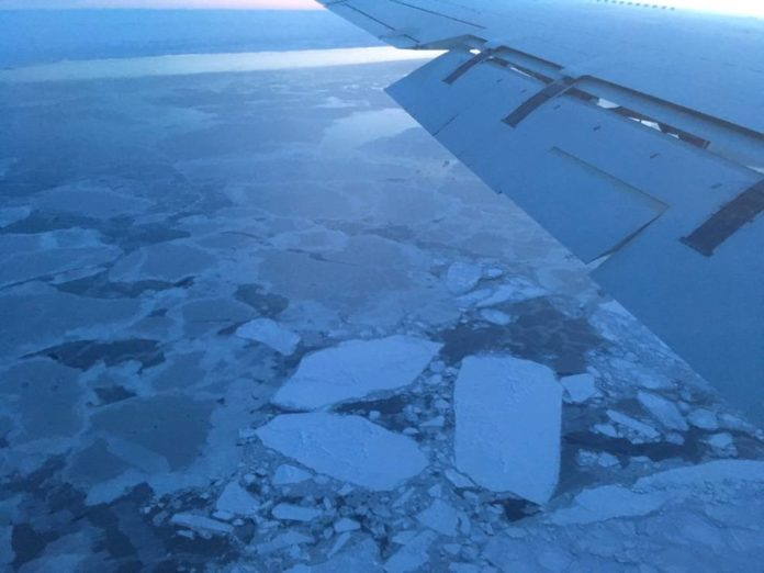 Sea ice in the Arctic as seen from ATom's DC-8 in January 2017. Credits: NASA / Róisín Commane