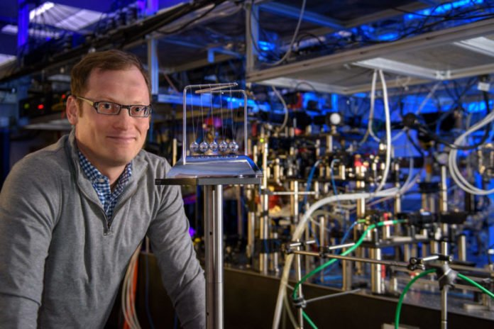 Associate Professor Benjamin Lev and his research team were inspired by the toy known as Newton's cradle in their investigation of quantum systems. (Image credit: L.A. Cicero)