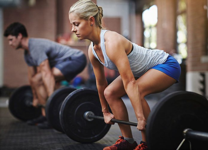 Female-Male-CrossFit-Deadlift