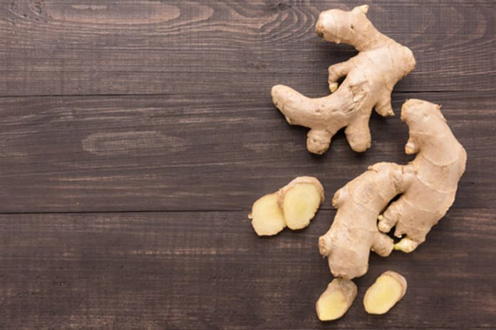 The pungent 6-gingerol contained in ginger stimulates a saliva enzyme that breaks down foul-smelling substances. (Image: iStockphoto/ villagemoon)