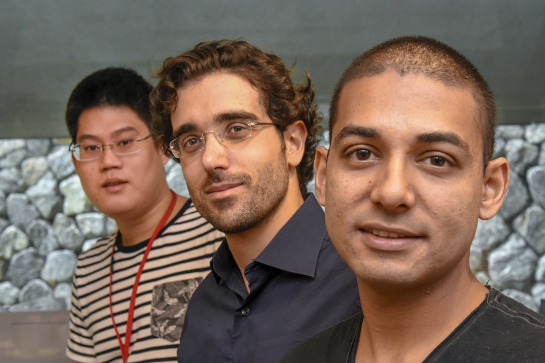(from left to right) Mr Kang-Yu Chu,  Dr. Riccardo Funari and Dr. Nikhil Bhalla brought together their diverse skills to tackle biofilms.  Credit:  OIST