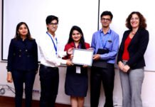 Prize winning team from Bharti Vidyapeeth College of Engineering.
