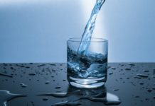 Removing toxic mercury from contaminated water