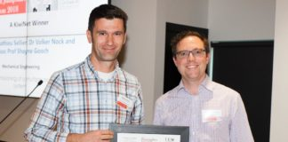 UC Professor Mathieu Sellier receives Innovation Jumpstart award from KiwiNet CEO James Hutchinson.