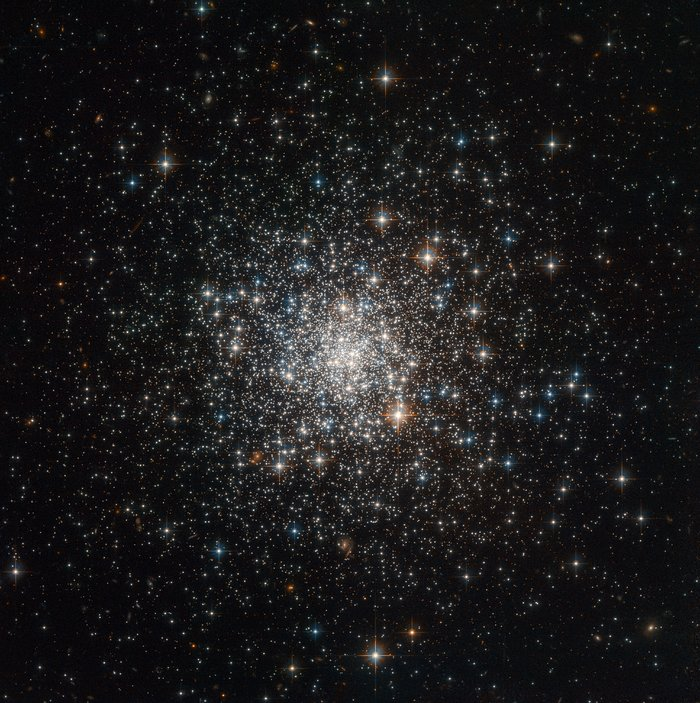 This globular cluster, NGC 4147, seen with the NASA/ESA Hubble Space Telescope, was one of many which were used by astronomers to measure the total mass of the Milky Way. NGC 4147 is located about 60 000 light-years from Earth in the northern constellation of Coma Berenices (the Berenice's hair). Credit: ESA/Hubble & NASA, T. Sohn et al.