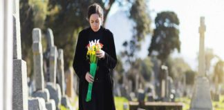 Losing a friend impacts women more than men