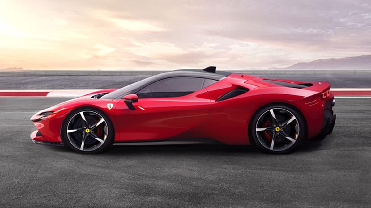 Sf90 Stradale Ferrari S First Plug In Hybrid Can Reach A Top Speed Of 340 Km H Tech Explorist