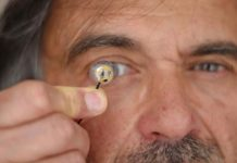 Jean-Louis de Bougrenet de la Tocnaye and the first stand-alone contact lens with a flexible micro battery