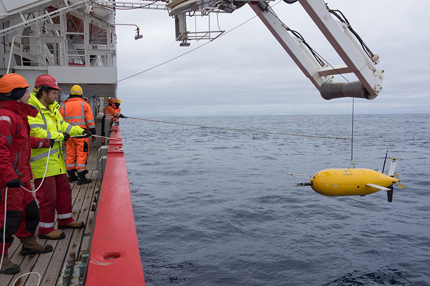 Boaty being deployed for the mission/ Image: University of Southampton