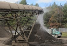 Rinsing heavy metals from contaminated soils using chemical process/ Image: Stanford University