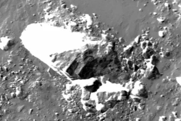 NASA images seem to show squared shaped blocks, which conspiracy theorists claim is proof there was an ancient alien civilization (Image: NASA)