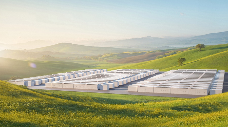 It combines up to 3 MWh of storage capacity and a 1.5 MW inverter. Image Credit: Tesla