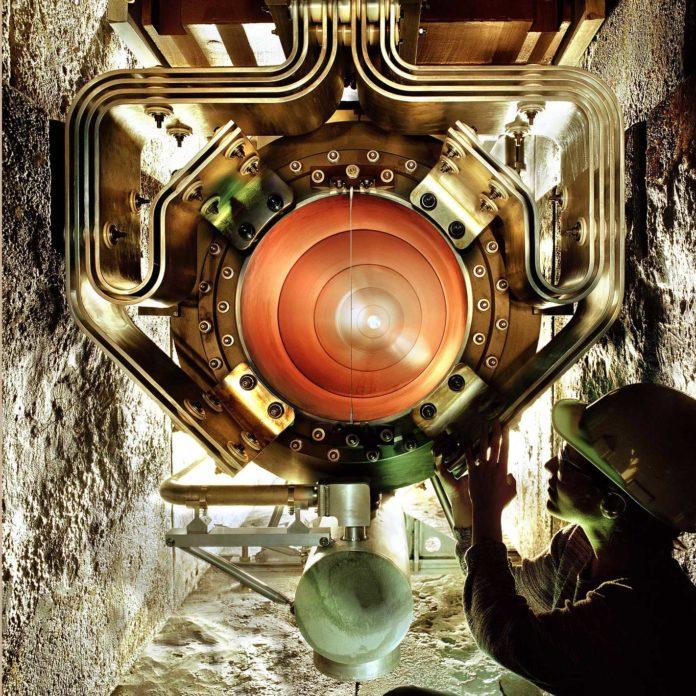 Maximum mass of lightest neutrino revealed