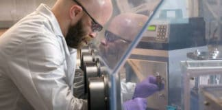 This new flexible lithium-ion battery can withstand extreme conditions