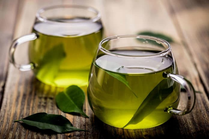 Drinking green tea could lead to longer life, study