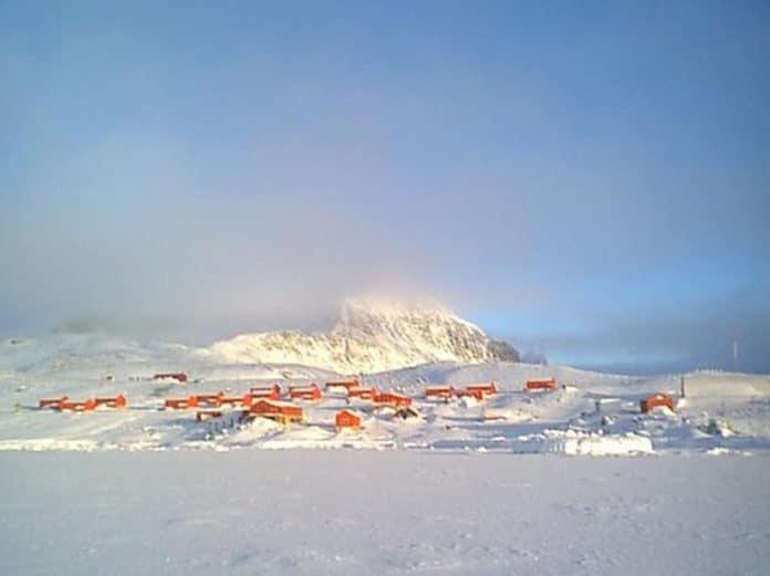 Antarctic peninsula sets a new record temperature