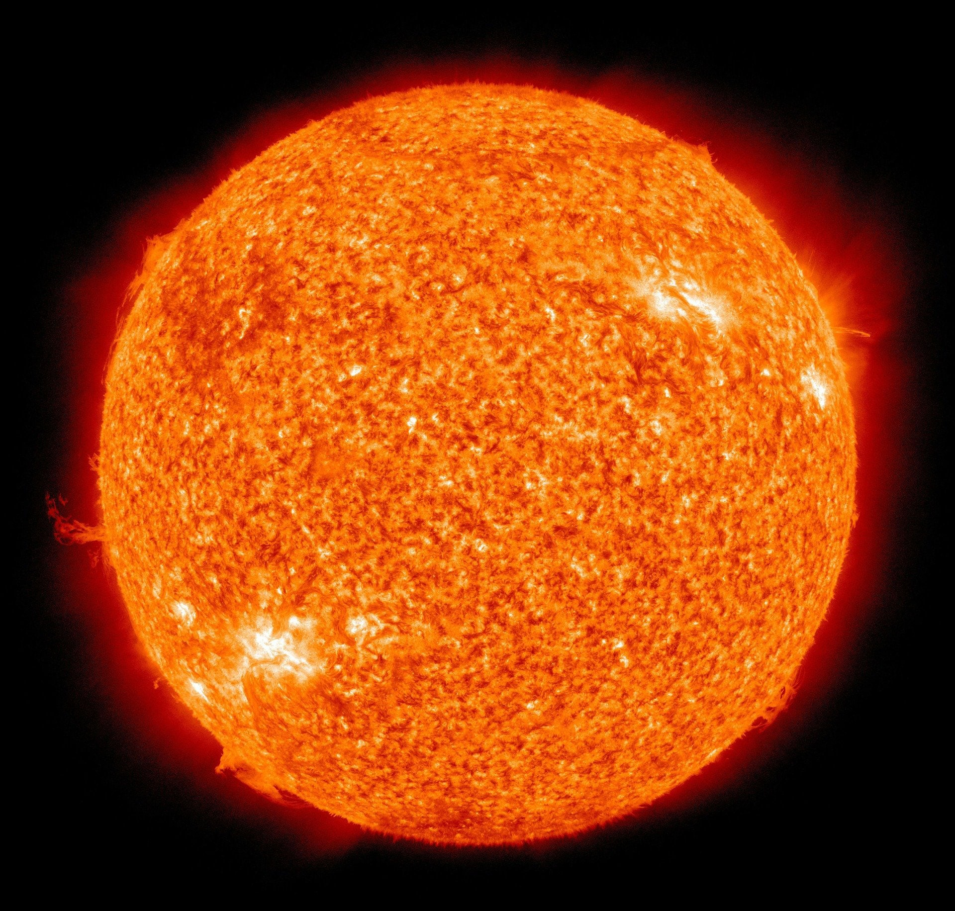 New physics of massive solar ejections - Tech Explorist