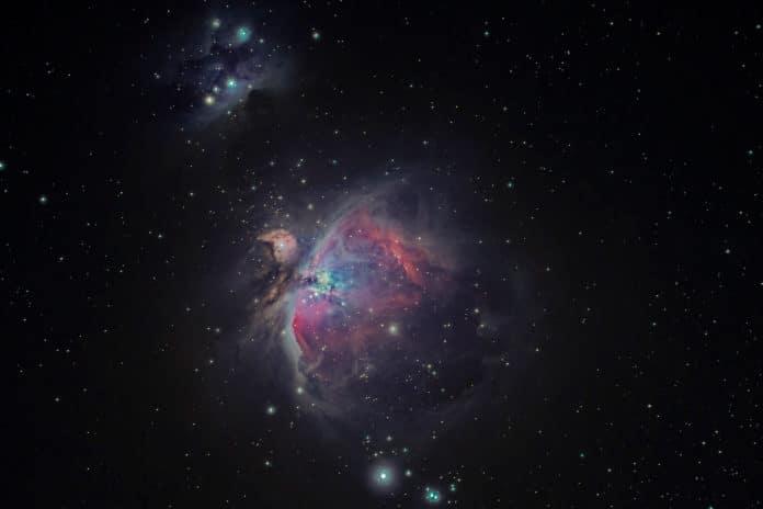 Dark matter and massive galaxies