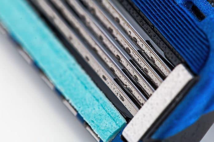 How hair shaving deforms the sharpest of razors?