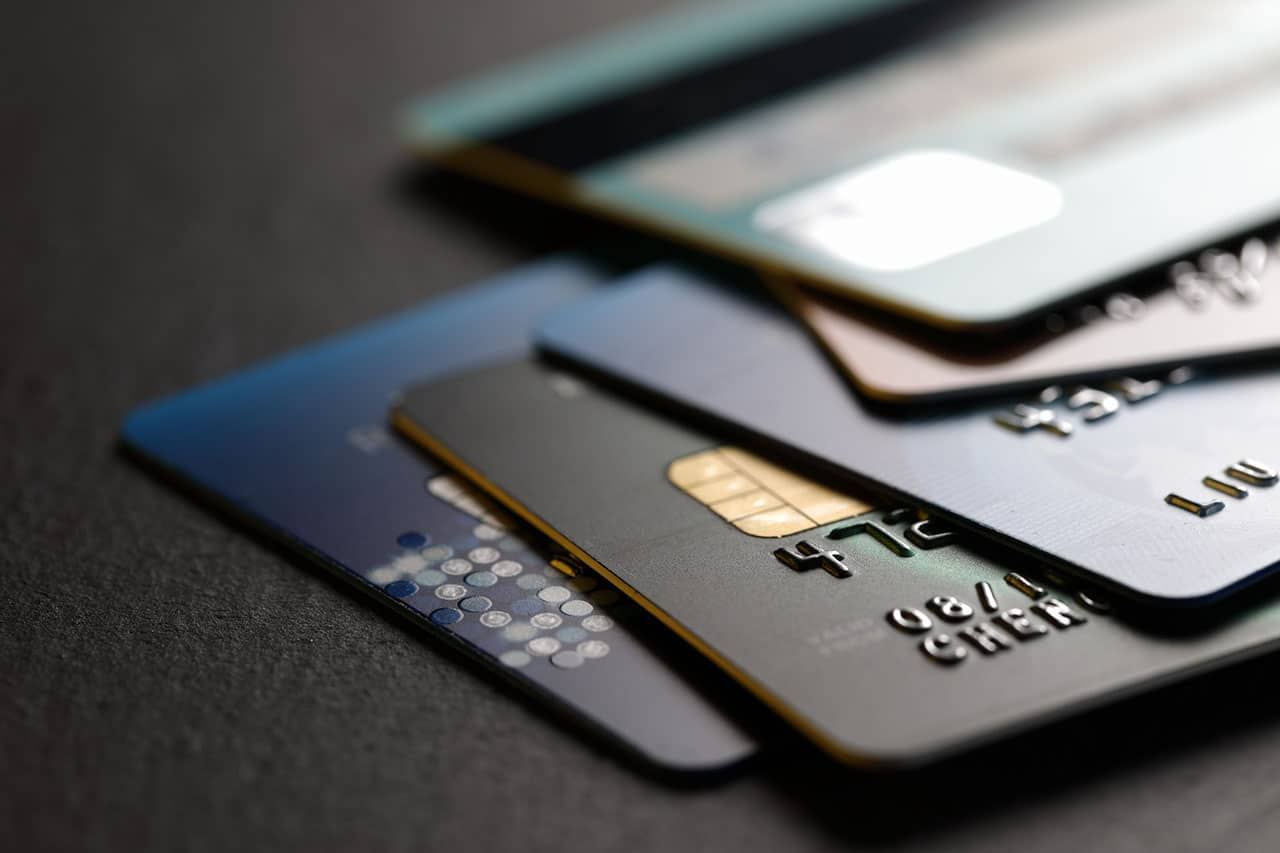 Scientists discovered a flaw in the security system of some credit cards - Tech Explorist
