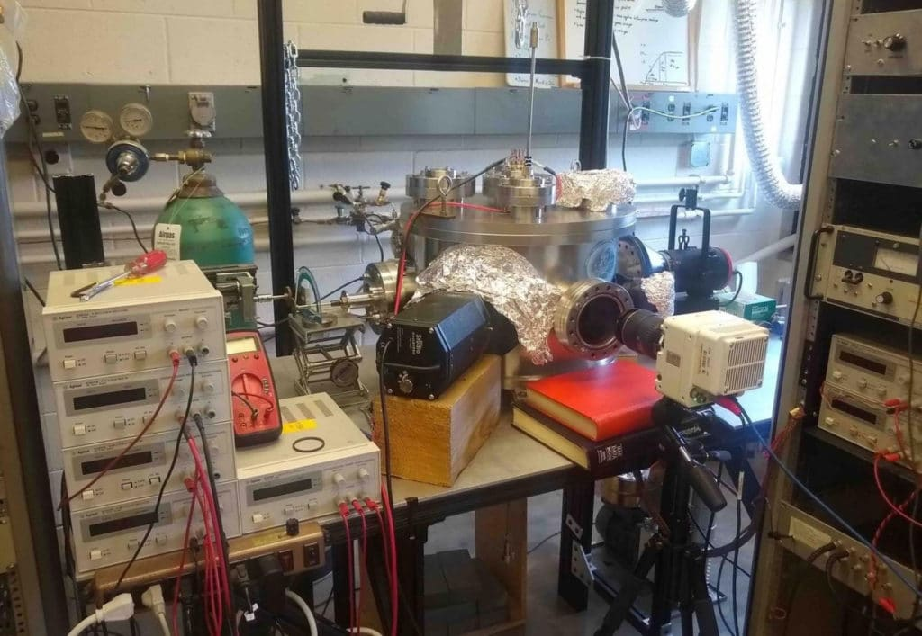 A vacuum chamber on the CU Boulder campus. (Credits: IMPACT lab)