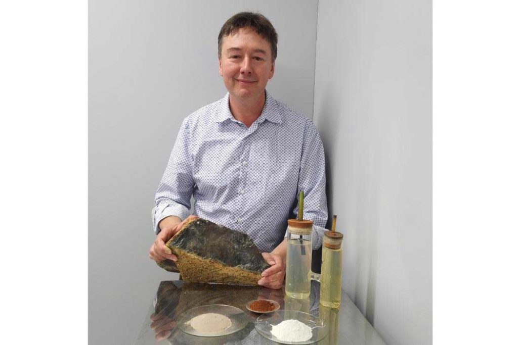 Associate Professor Allan Scott is leading a team of international researchers who have discovered a new method of producing magnesium hydroxide, which they believe is key to reducing greenhouse gas emissions