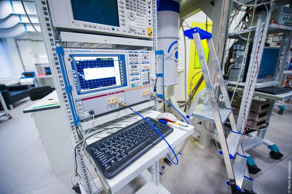 Qubit production process